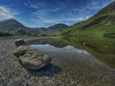 BUTTERMERE SUNNY MORNING